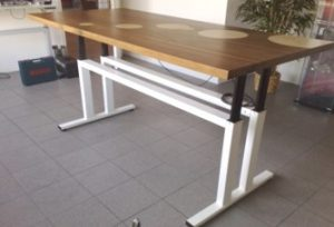 Example of Height Adjustable Table