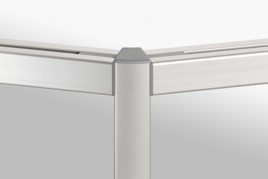 Seal between two aluminium profiles
